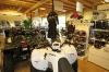 MXR Ladenlokal in Gera: neben den Fahrzeugen auch Bekleidungs im Programm