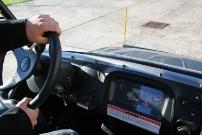 QuadMagic, Explorer Grumbler 525: Windschutzscheibe und MP3-Player mit UKW-Radio