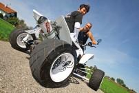 Sindy Langbein, weiße Yamaha YFZ 450 SE: bewundernswert aber nicht ungefährlich