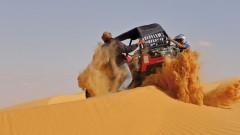 Sahara Offroad, Tunesien-Tour im Februar 2012, Buggy: Freischaufeln aus dem Dünen-Sand