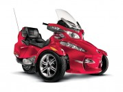 Can-Am Spyder Roadster RT-S: Den Reisedampfer gibt´s im Modelljahr 2012 auch in Rot