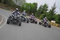 Vergleichstest SuperMoto Quads für ATV&QUAD 2012/05: Triton SuperMoto 450 Black Lizard, Dinli 450 Special S, Adly 500 SuperMoto und Explorer Trasher 520 SM