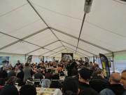 Can-Am Spyder Celebration 2012, Festzelt: zu wenig Sitzplätze und eineinhalb Stunden Wartezeit am Buffet
