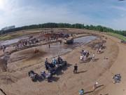Wasserloch für den Mud Contest: 40 Meter lang und 1 Meter tief