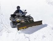 Can-Am: bietet ausgewählte Outlander-Modelle wieder als Winter-Komplettpakete mit Schneeschild, Windschutzscheibe und Griffheizung
