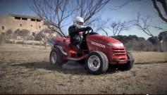 Honda Mean Mower als schnellster Rasenmäher der Welt: kann sogar Gras mähen