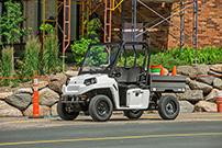 Polaris Modelle 2015: Polaris GEM eM1400 LSV als elektrischer Helfer für leichte Arbeits-Einsätze
