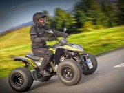 Neue Maxxer 300 Onroad SuperMoto: sportliches Straßen-Quad von Kymco mit flachem, breitem Fahrwerk und stylischem Outfit für 4.779 Euro
